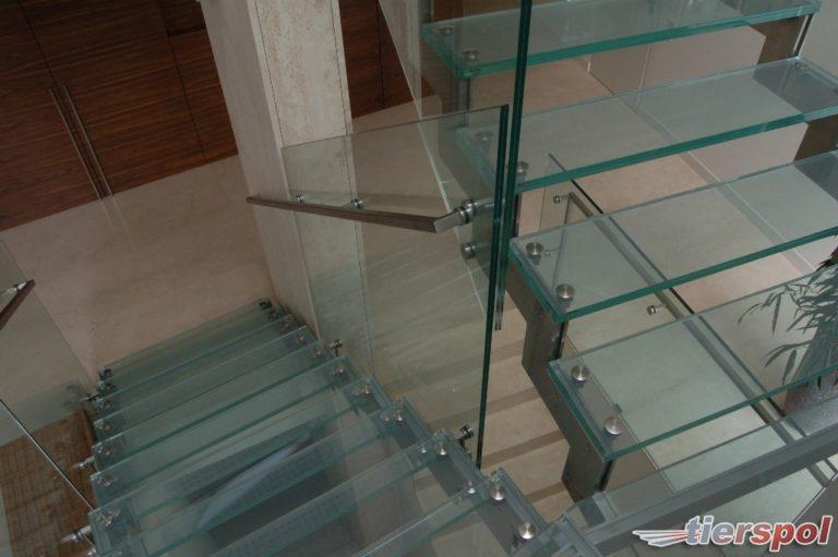 Szklane balustrady, to alternatywa która zyskuje na popularności