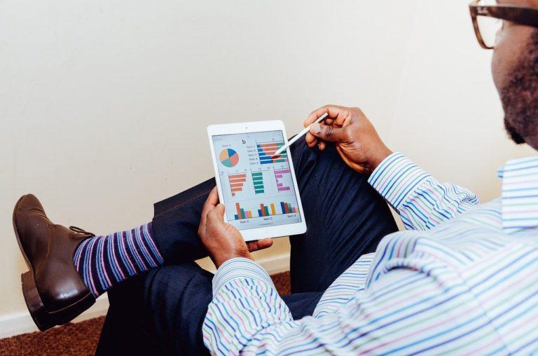 Jak skutecznie dotrzeć do klientów i zwiększyć swoją sprzedaż?