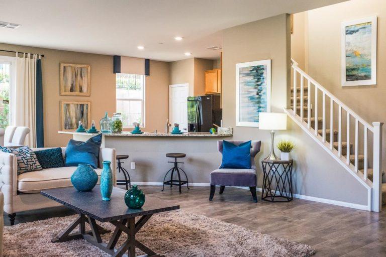 Odważne kolory tapicerki foteli są obecnie bardzo popularne