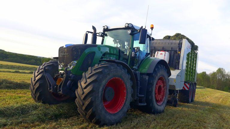 Zakup części do traktorów