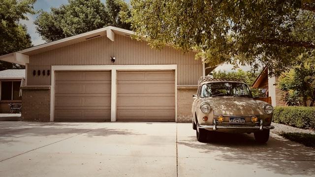 Nowoczesne garaże stalowe