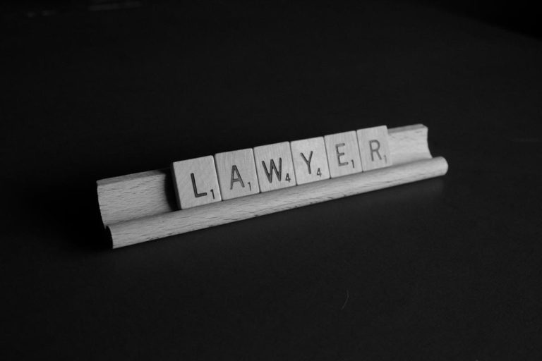 Jak działa prawo pracy?