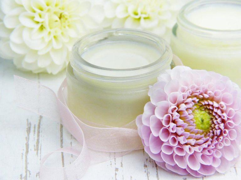 Zadbaj o swoją skórę za pomocą profesjonalnych kosmetyków
