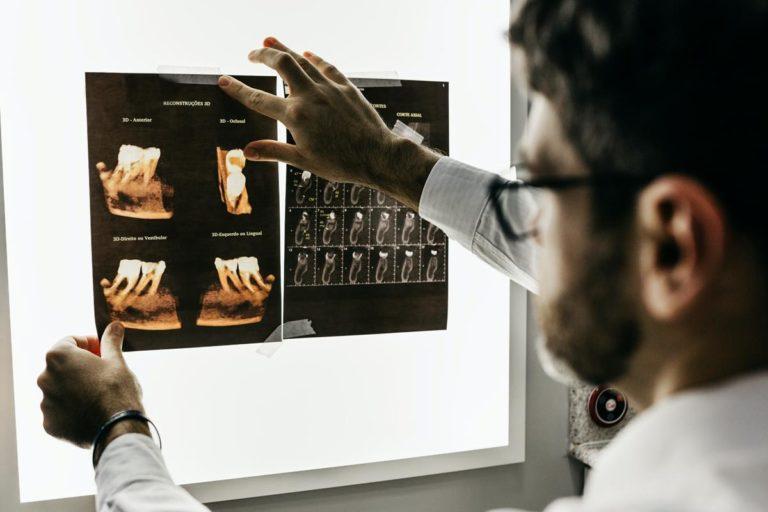 Usługi dentystyczne w klinkach dentystycznych