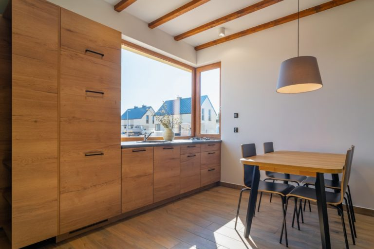 Jaki powinien być idealny domek letni lub całoroczny pod wynajem?