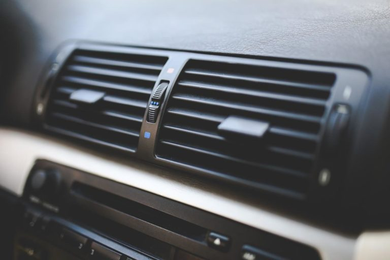 Atuty ursynowskich serwisów klimatyzacji samochodowej